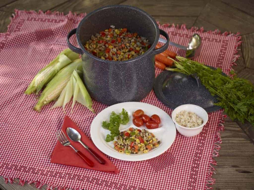 Try this colorful and tasty hoppin john recipe in the Farm Fresh Nutrition book!